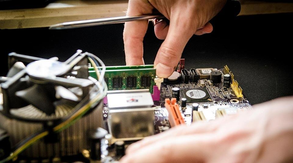 reparatii calculatoare suceava